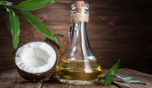 coconut oli, coconut and oli, skincare, acne skin, acne scars, acne